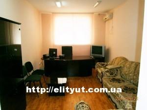 Аренда офиса в Ильичевске, ремонт, мебель, техника, S – 87м2