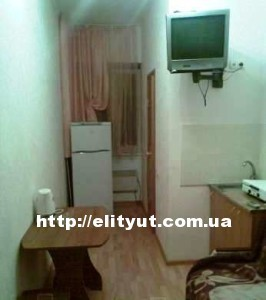 Квартиры посуточно ильичевск, возле моря, Новострой.