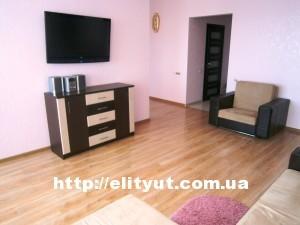 Студия 1 ком у моря: мебель, большой плазменный телевизор, холодильник - аренда